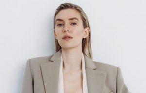 APR-5_PORTER-COVER_VANESSA-KIRBY_NET-A-PORTER-2-scaled